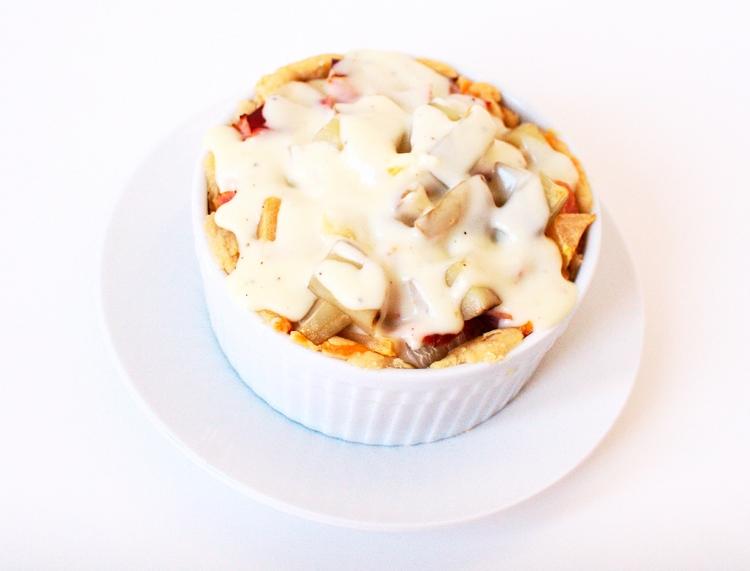 028lcrop Savory Ham Potato and Apple Pie